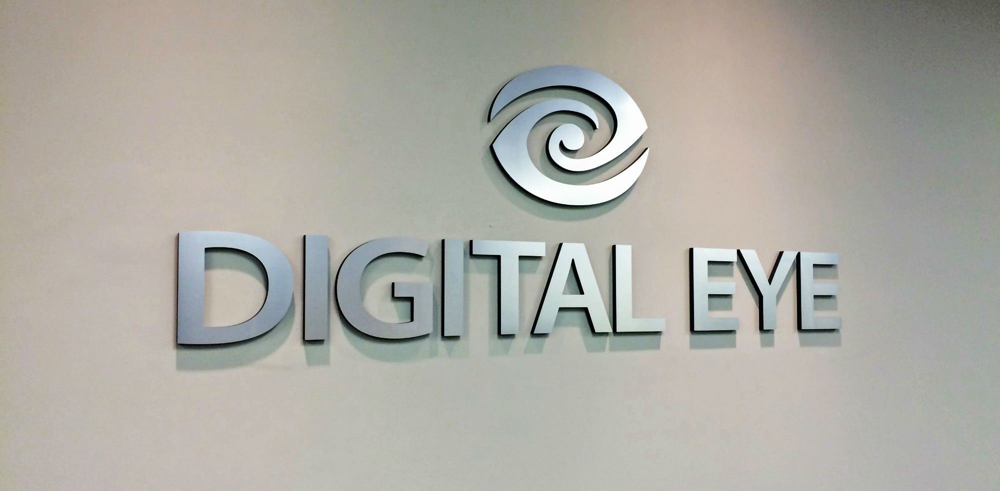 Dimensional Logo Sign for Digital Eye