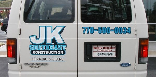 Custom Vehicle Graphics and Lettering