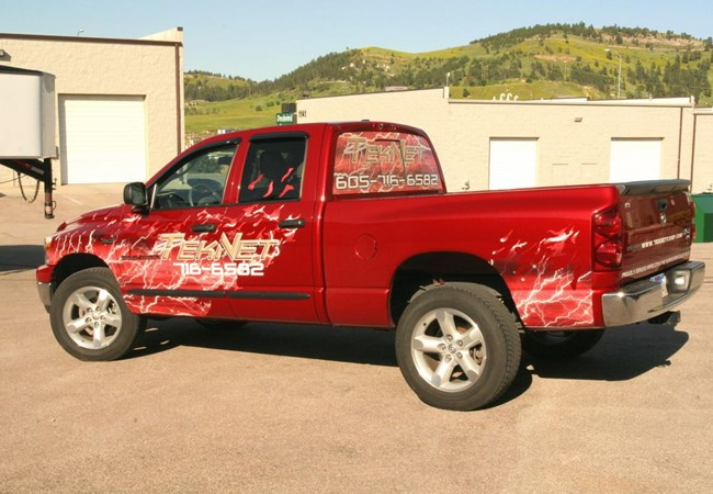 Vehicle Graphics & Lettering for Teknet