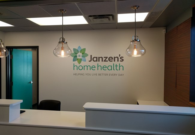 Wall Graphics and Murals | Vinyl Lettering | Hospital & Medical Clinic Signs | Thunder Bay, ON