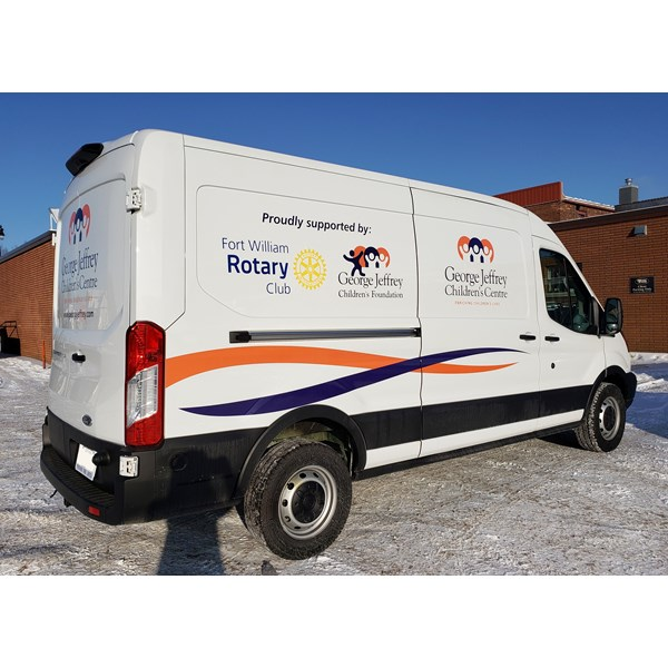 Vehicle Graphics for Company Automobiles in Thunder Bay, ON
