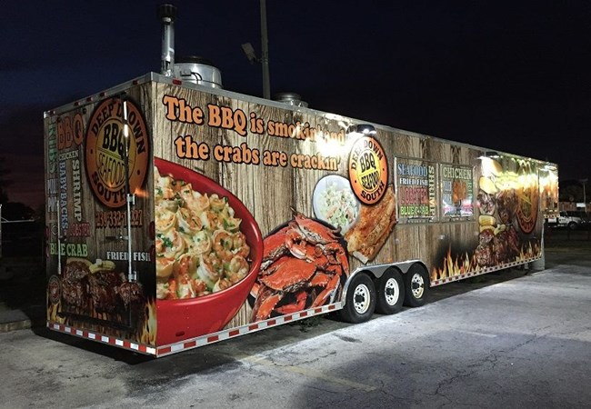 BBQ Food Truck Trailer Wrap in Fort Myers Florida