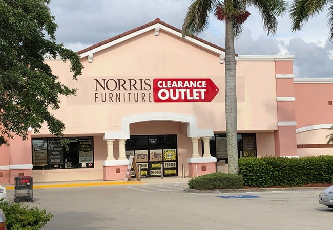 Corporate Branding Signs | Retail Signs & Point of Purchase Graphics | Fort Myers, Florida