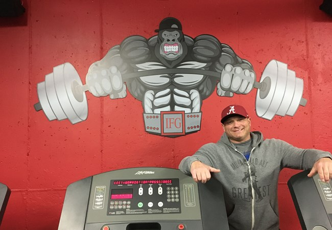 Wall Graphics and Murals | 3D Signs & Dimensional Logos | Gym, Sports and Fitness Signs | Mundelein, iL