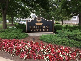 Wynstone Golf Monument Sign