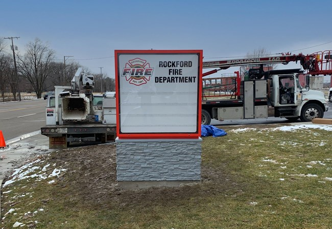 Custom Monument Signs | Light Boxes | Professional Services Signs | Rockford, IL