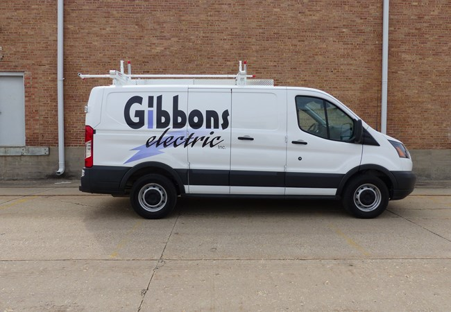Vinyl Lettering | Custom Graphics & Vinyl Decals | Professional Services Signs | Rockford, IL