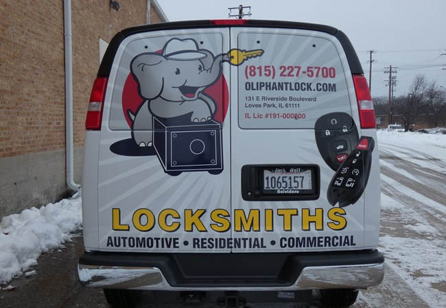 Full Vehicle Wraps | Fleet Vehicle Graphics | Retail Signs | Rockford, IL