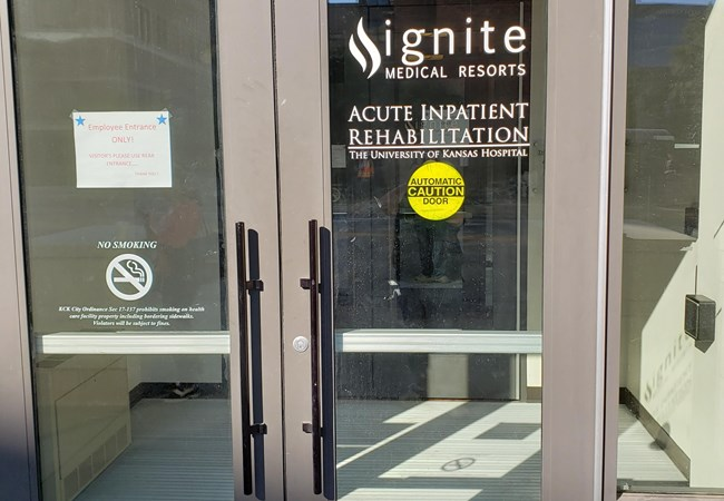 Window Graphics | Vinyl Lettering | Healthcare Signs | Kansas City, MO