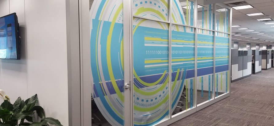 Vinyl Graphics and Decals | Signs Now Omaha